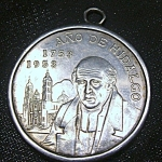 Click here to enlarge image and see more about item 041808009a: Mexican 5 pesos 1953 coin pendant commemorating Miguel Hidalgo