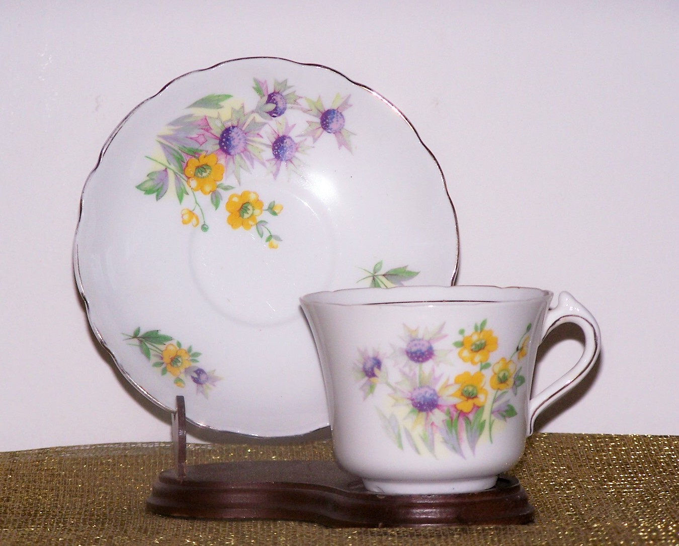 COLCLOUGH CUP & SAUCER YELLOW & WHITE FLOWERS
