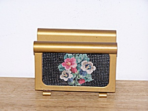 METAL LETTER HOLDER, CROSS STITCH DESIGN (Image1)