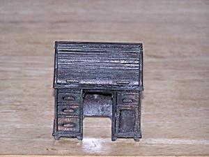 ROLL TOP DESK PENCIL SHARPENER (Image1)