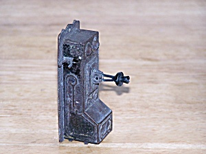 WALL TELEPHONE PENCIL SHARPENER (Image1)