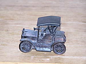 1917 CONVERTIBLE AUTOMOBILE PENCIL SHARPENER (Image1)