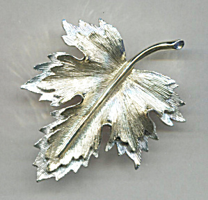 Sarah Coventry Large Gold & Silver Leaf Pin