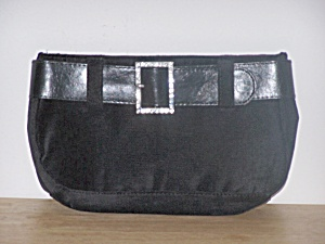 VICTORIA�S SECRET VELVET CLUTCH EVENING BAG (Image1)