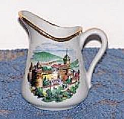 CHATEAU IN FRANCE MINI SOUVENIR PITCHER (Image1)