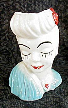 GLAMOUR GIRL HEAD VASE (Image1)