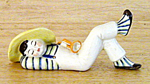 LITTLE BOY BLUE TYPE FIGURINE (Image1)