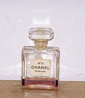 NO. 5 CHANEL PERFUME (Image1)