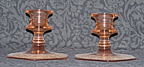 PINK GLASS SHORT CANDLESTICKS W/GOLD FILIGREE DESIGN (Image1)