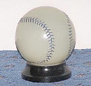 MILK GLASS BASEBALL BANK CANDY CONTAINER (Image1)