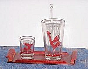 RED ROOSTER SHAKER, DRINKING GLASS & RED TRAY (Image1)