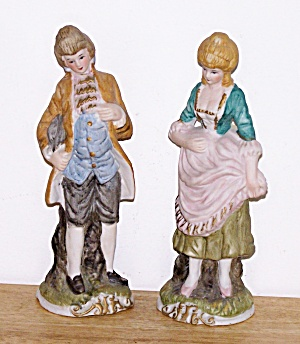 COLONIAL BISQUE MAN & WOMAN Figurines (Image1)