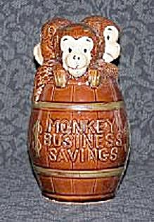 3 MONKEYS IN BARREL BANK (Image1)