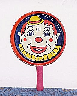 NEW YEAR�S EVE  RATTLE NOISEMAKER W/ CLOWN (Image1)