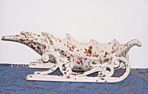 RED & GREEN ON WHITE SLEIGH PLANTER (Image1)