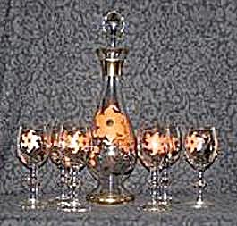 DECANTER & 6 GLASSES, HAND PAINTED W/ORANGE FLOWERS (Image1)
