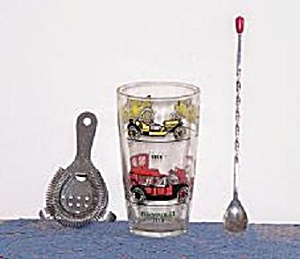 OLD AUTOS COCKTAIL SHAKER W/LONG SPOON & STRAINER (Image1)