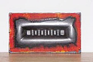 ROYAL HAEGER BLACK & RED ASH TRAY (Image1)