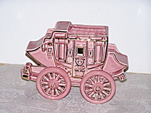 CINDERELLA�S CARRIAGE PINK PLANTER (Image1)