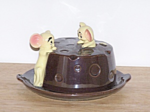2 MICE & CHEESE KEEPER DISH (Image1)