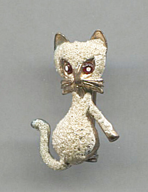 Figural Cat Pin, Made In Korea