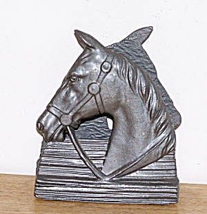 HORSE HEAD BOOKEND/LETTER HOLDER (Image1)