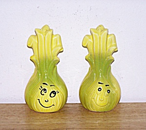 ONION ANTHROPOMORPHIC SHAKERS (Image1)