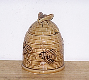 BEES ON HONEY JAR (Image1)