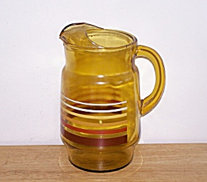 GLASS WATER PITCHER WITH STRIPES (Image1)