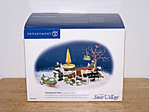 DEPT 56 SNOW VILLAGE, THE BACKYARD PATIO (Image1)