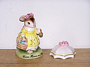CHERISHED MOMENTS, AVON RABBIT (Image1)