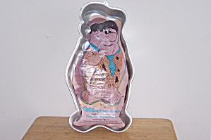 Wilton Fred Flintstone Cake Pan (Image1)