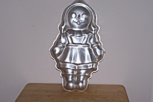 Wilton Rag Doll Girl Cake Pan (Image1)