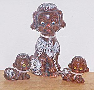 DOG W/ 2 PUPPIES ON CHAINS (Image1)