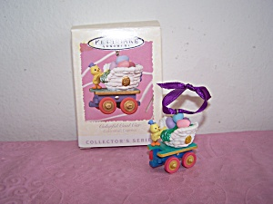 HALLMARK KEEPSAKE ORNAMENT COLORFUL COAL CAR 1996 (Image1)