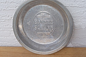 Bakers Square Pie Tin