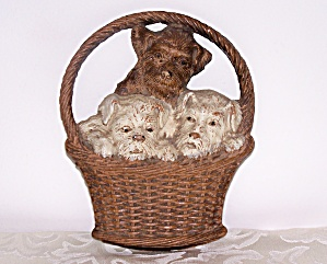 Syroco Wood, 3 Pups In Basket