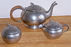 Queen Art 3 Pc. Tea Set