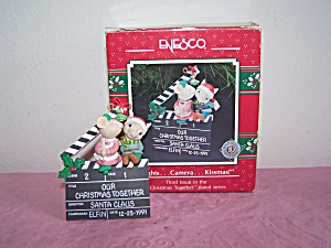 Enesco Lights, Camera, Kissmas Ornament