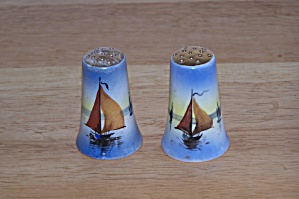 HAND PAINTED SAILBOATS, SALT & PEPPER SHAKERS (Image1)