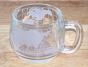 NESTLES WORLD GLOBE MUG (Image1)