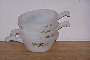 4 Meadow Green Anchor Hocking/fire King Soup Bowls