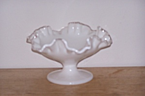 SILVERCREST MILK GLASS COMPOTE (Image1)