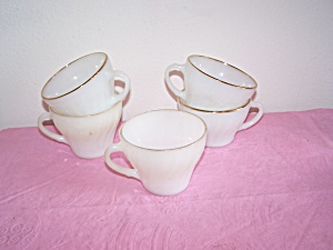 5 ANCHOR HOCKING/FIRE KING MILK GLASS CUPS (Image1)