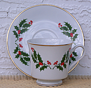 Japan Holly & Berries Cup & Saucer Set
