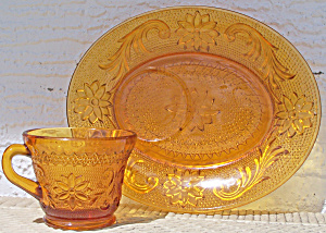 5 Sets Amber Glass Snack Plates And Matching Cups