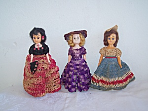 3 Dolls in Crochet Outfits (Image1)
