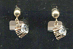 Prong Set Clear Rhinestone On Gold Screw-back Earrings
