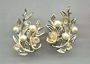 Marboux Pearl & Gold Leaves Clip-back Earrings