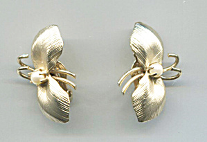Gold Butterfly W/faux Pearl Center Clip-back Earrings